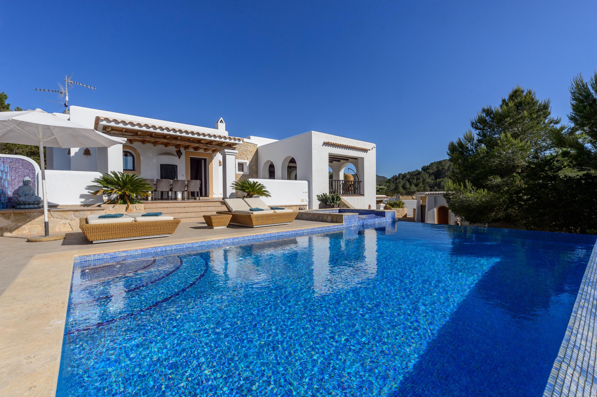 Villa/Dettached house in Sant Antoni de Portmany / San Antonio - Almond, Villa 5StarsHome Ibiza